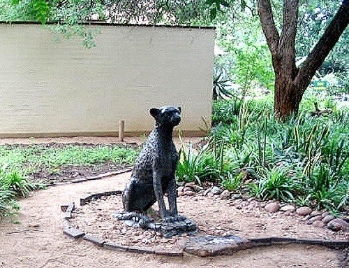 Staue in the Kruger Park