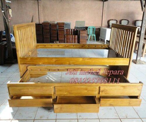 Jual tempat tidur 2 in 1 kayu jati jepara harga murah, model ranjang sorong anak 2 in 1 kayu jati yang kokoh dan kuat jika dibandingkan dengan ranjang toko
