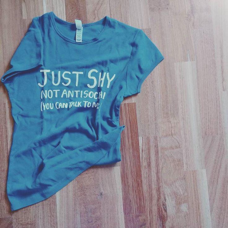 Mica solo chi riceve può indossare #nerdyshirt :D il prossimo shiatsu sarà con questa maglietta! #nerdyshiatsu  http://www.perlavitachescegli.it/shiatsu-nerdy-shirt/