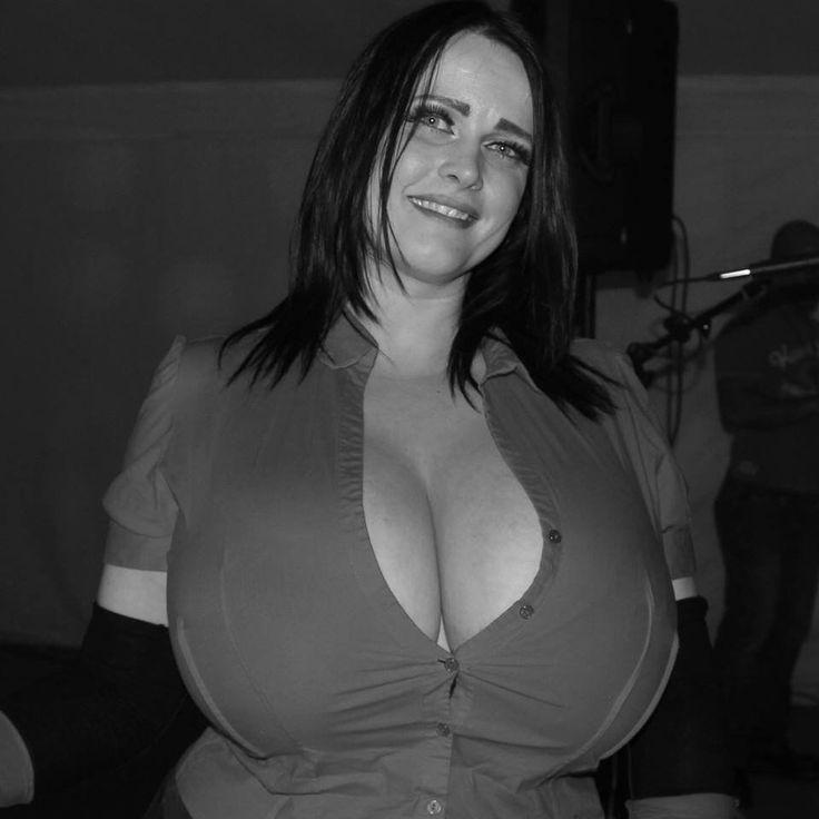 Female masturbation blogger