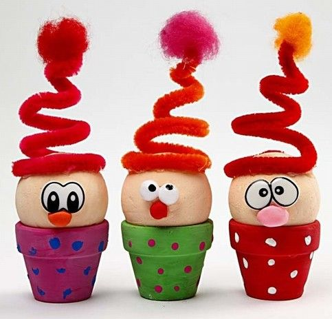 Flower Pot Critters: Mini flower pots painted bright colors. A spongy ball (or foam ball) makes a perfect head. Twirled pipe cleaners make springy hats that can be topped with a pom pom. Create eyes with buttons, markers or stickers, & pom poms or candies make fun noses.