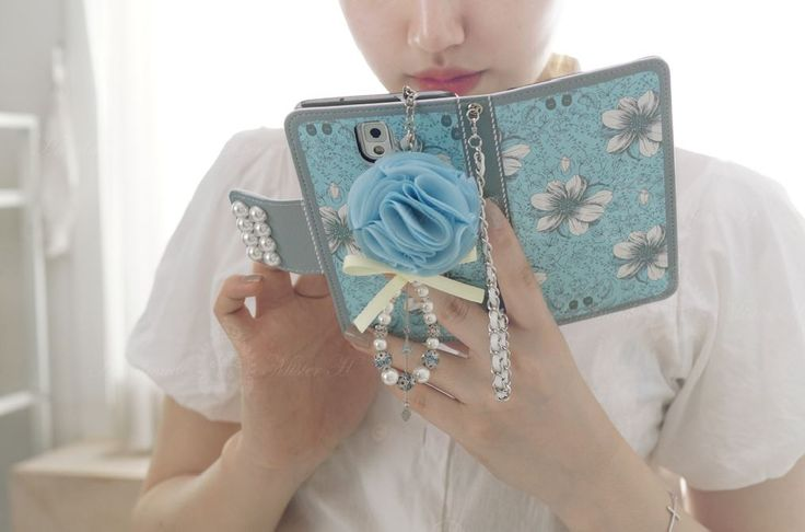 Garden Age Sky Handmade Wallet Case  Meet very special wallet case with very nice blue color and pure pearl motive decoration  You can see more detail from Koreahallyu.asai  http://koreahallyu.asia/all-products/garden_age_sky/