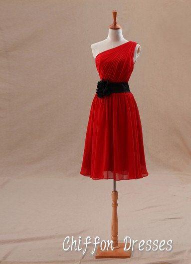 Robe courte rouge, nouvelle une épaule robes, robe de demoiselle d'honneur courte, demoiselle d'honneur robe bon marché nouveau, court le soir / robe de demoiselle d'honneur