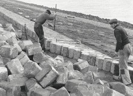 Afsluitdijk, Holland, 1932