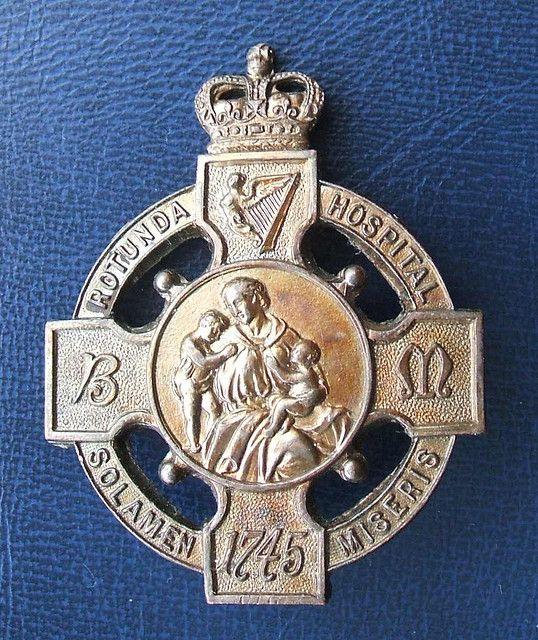 Nursing pin. Looks like it's from ireland