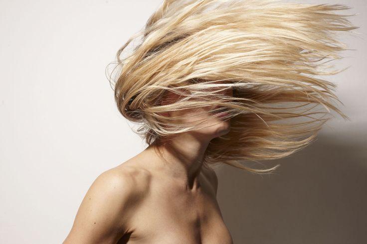7 trucchi salva capelli per chi usa tanto la piastra -cosmopolitan.it