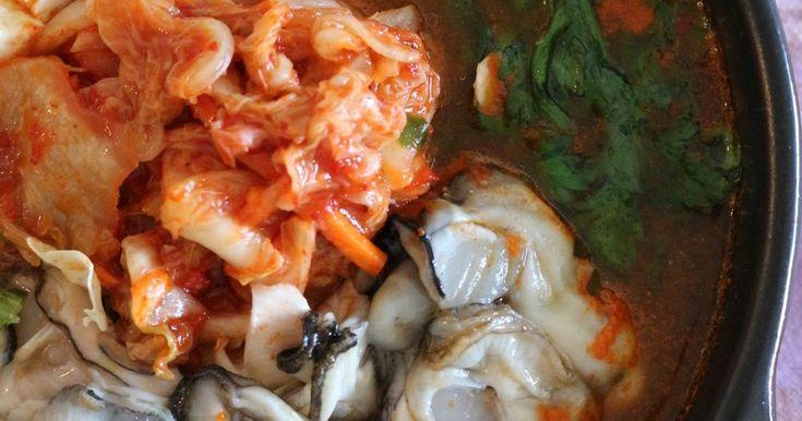 ★牡蠣キムチ鍋(굴김치찌개)。 by ★いも★ [クックパッド] 簡単おいしいみんなのレシピが263万品