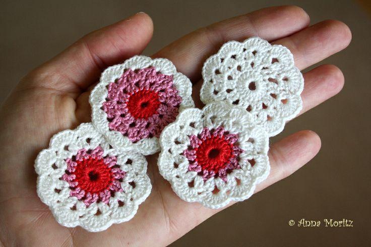 Big crochet flowers