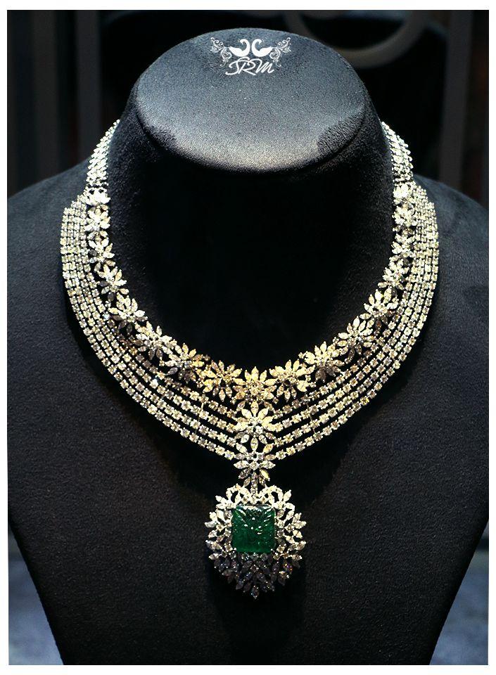 #DesignerBridalJewellery #BridalJewellery #Bride #IndianBride #IndianTraditionalBride #BridalOutfits #IndianJewellery #Jewellery #FashionJewellery #Fashion #DiamondNecklace
