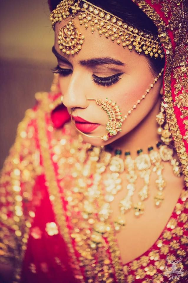 absouletely stunning bride looking muahhh...