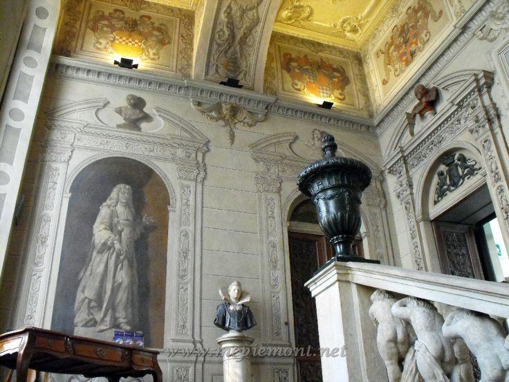 (1636) Palazzo Bricherasio - Escalier monumental