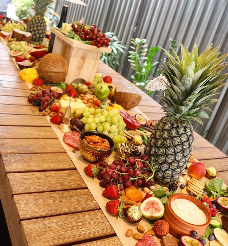 Tropical platter   What an amazing way to celebrate @missdanni1990 farewell than with this lush spread at the place she calls home #perfection#yourplattermatters by yourplattermatters