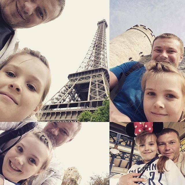 Из недавних поездок. На фоне каких-то башен замков и аттракционов. ) #франция #германия #австрия #поездки #диснейленд by norda380 Eiffel_Tower #France