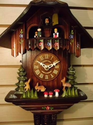 75 best images about cuckoo clocks on pinterest antiques - Relojes rusticos de pared ...