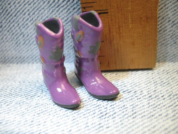 Purple cowboy boots in 1/12 scale miniature. These are adorable!