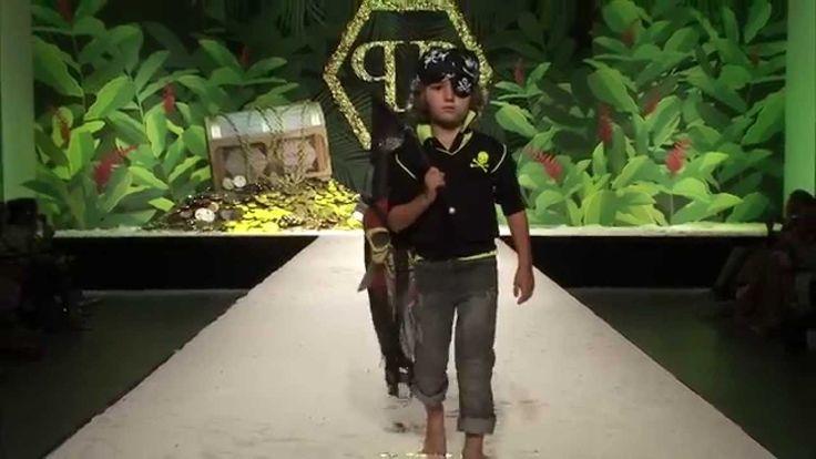 "PHILIPP PLEIN Spring/Summer 2015  Kids Fashion show ""HOOK 'N LOOK"" A Col..."