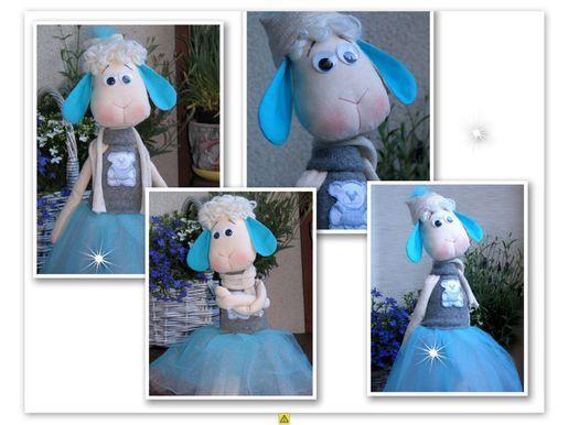 turkusowa owieczka ,baletnica,hand made ,owieczka