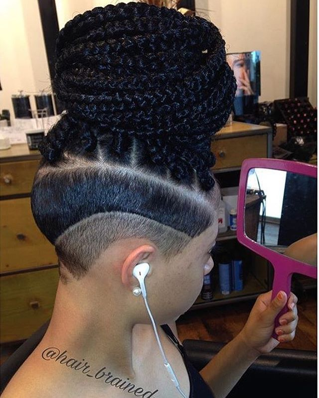 Yes! All the way DOPE! @hair_brained we're in love with this undercut & box braids combo  #unconditionedroots