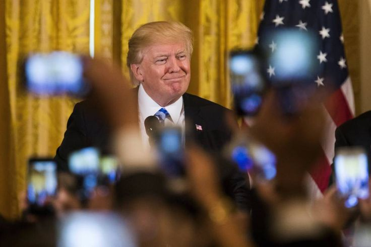 Un decreto de Trump amenaza el acuerdo de protección de datos con la UE    La orden ejecutiva elimina protecciones a la privacidad de los ...