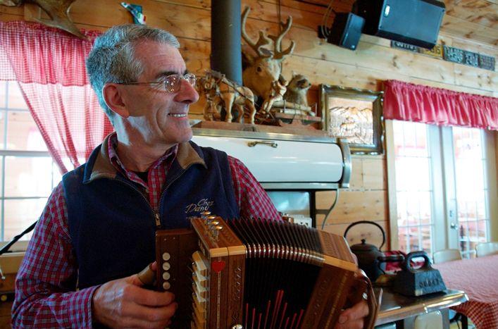 Cabane à sucre Chez Dany  #accordeon #mauricie #troisrivieres  #qcoriginal http://www.cabanechezdany.com/