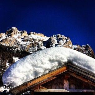 La Varella peak in @altabadiaorg #dolomites #dolomitesski