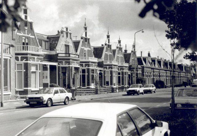 Willem Lodewijkstraat, 1992. Bron: Historisch Centrum Leeuwarden - Beeldbank Leeuwarden. Foto: M. Pothof.