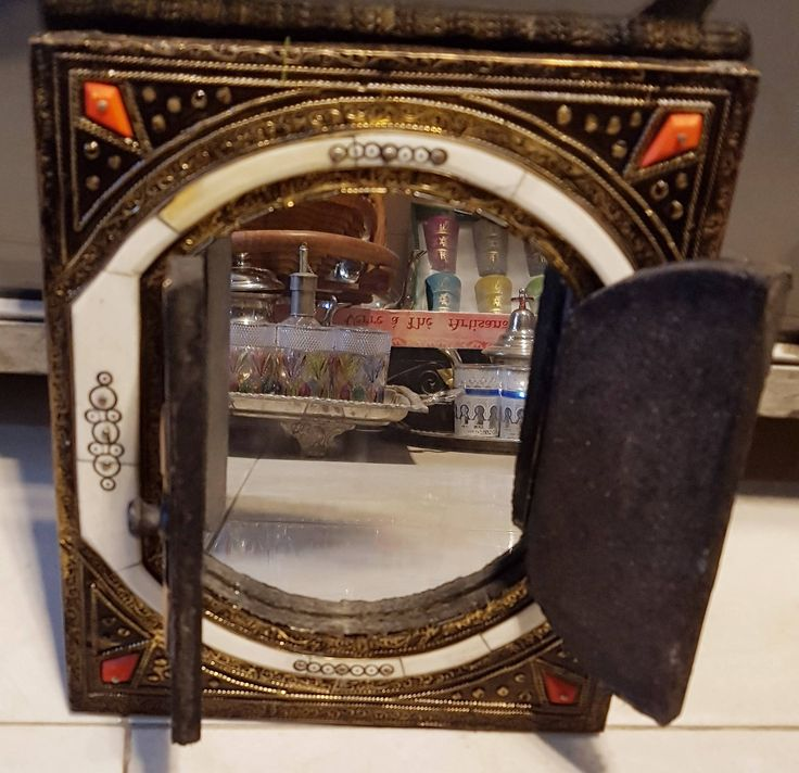 Moroccan mirror, arabic mirror, traditional mirror, decoration mirror, arabic glass, traditional glass, moroccan glass, interior decoration de la boutique fezalley sur Etsy