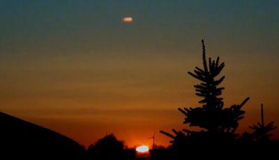 UFO NEWS - Latest UFO Sightings