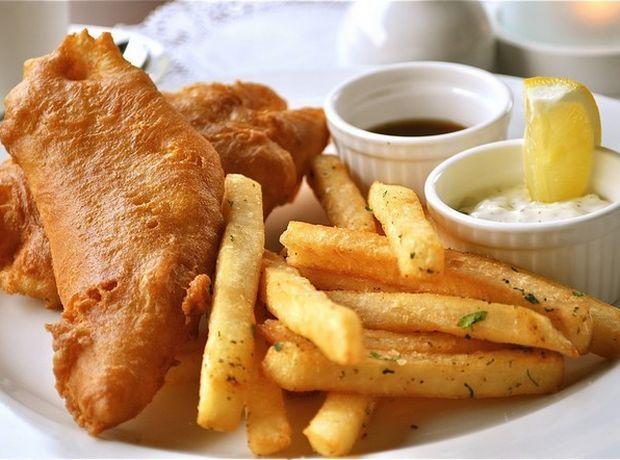Το μυστικό υλικό για τραγανά Fish & chips - Food | Ladylike.gr