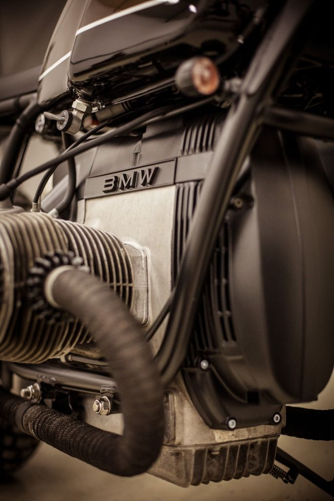 """Bmw R100 1986 """"Espresso"""" by Garage Motorcycles. I love the matte finish with the pipes wrapped."""