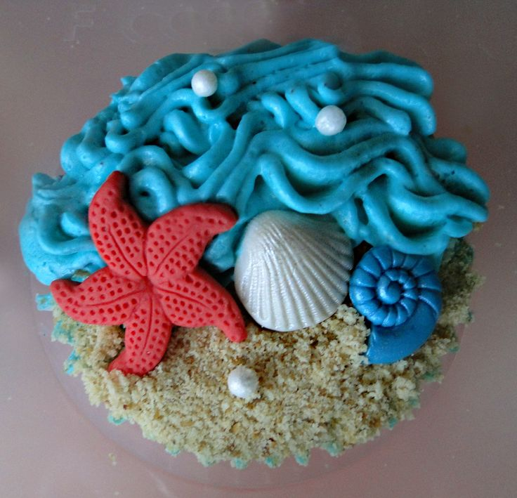 beach themed wedding cake with cupcakes - Google Search