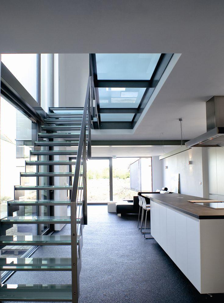 Trap en passerelle in glas trappen modern pinterest - Mezzanine trap ...