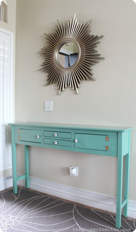 Table spray painted with Krylon Jade.  Gorgeous color.  Great spray painting tips from thehouseofsmiths.com