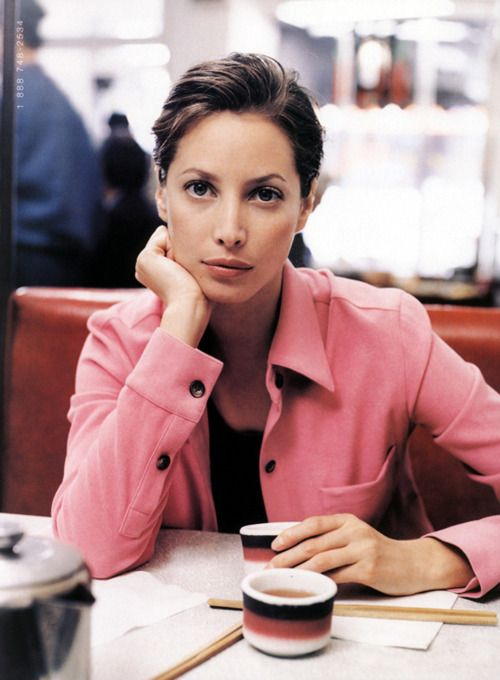 Christy Turlington - she is just the epitome of beauty/style. Timeless. Classy and natural. Not enough young woman like this these days...