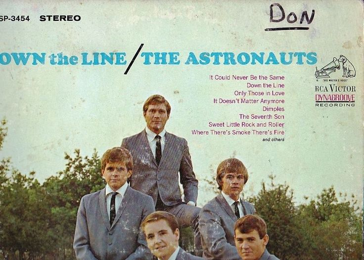 """1965 Lp The Astronauts DOWN THE LINE On Rca Victor Lsp 3454 Surf / Hot Rod Along with Minnesota's Trashmen, the Astronauts (from Colorado) were the premier landlocked Midwestern surf group of the '60s. They recorded numerous singles and albums and achieved vast regional popularity, but only scored one modest national hit, """"Baja."""" With little material of their own, they judiciously tapped heavyweights like Lee Hazelwood (who wrote """"Baja""""), Roger Christian, and Gary Usher"""