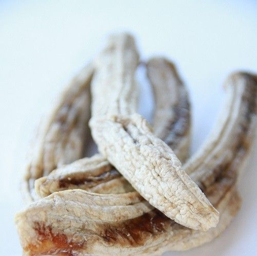 ALL NATURAL DRIED WHOLE BANANAS......Dried Whole Banana are the perfect energy food: long on natural goodness and high in potassium. Great for a breakfast topping, a healthy alternative to sweets or chocolate and perfect for baking!  Due to the size of this fruit, we are only offer these in our best value Bulk Pack (1kg).