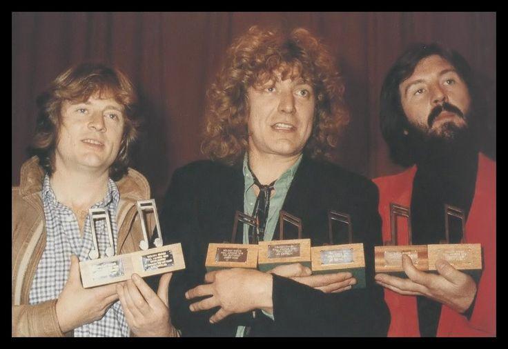Нет мира на Земле 4 — светодиодный Zeppelin Джон Пол Джонс, Роберт Плант и...