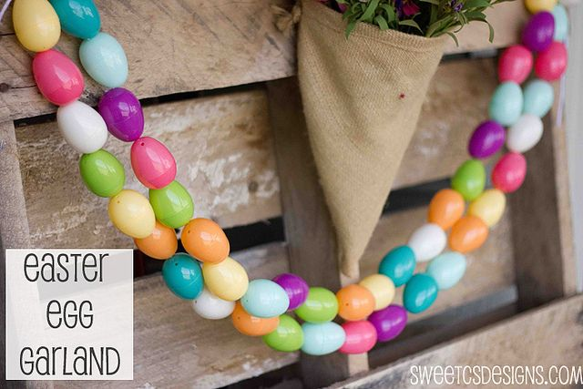 Make an Easter egg garland from all those cheapie Easter eggs. Genius! @Courtney O'Dell #Easter