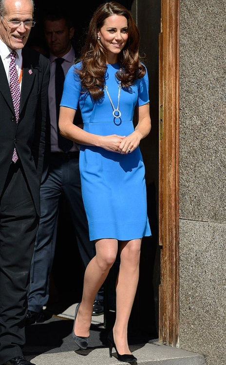 Kate Middleton, Duchess of Cambridge, wearing a Cartier necklace from her personal collection. It happens to come at a price of $78,000, too, a source at the store in London tells PEOPLE.    The necklace, from the Trinity range, is made from white and yellow gold and has five rings (capped with a large one at its pendant).: Duchess Of Cambridge, Stella Mccartney, Royal, Kate Middleton, National Portraits, Portraits Gallery, Duchess Kate, Electric Blue, Blue Stella