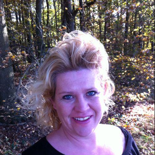 Collega Charisja Fiere (persoonlijk begeleider Kwintes) over mij:  'Joyce is betrouwbaar, attent en punctueel. Zij communiceert duidelijk en concreet en kan op een niet bedreigende manier scherpe feedback geven. Zij is een echte teamplayer die verbindingen legt en met flair veel bereikt'.