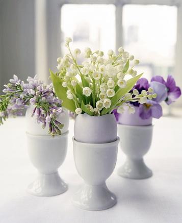 Coquetiers fleuris pour Pâques