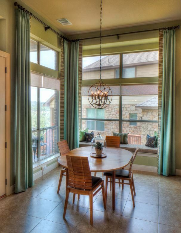 Casual Dining Room Window Treatments Beautiful Contemporary Dining Room Furnitur B Dining Room Window Treatments Dining Room Windows Dining Room Contemporary