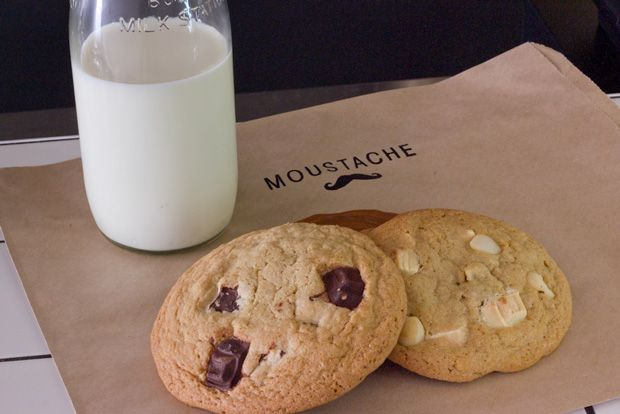 Moustache Milk and Cookie Bar