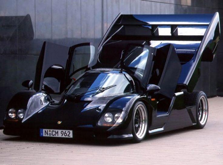 Porsche  modèle 962 Dauer Le Mans: 1,7 million de francs. Spécificité du modèle: une transmission à propulsion. http://www.lematin.ch/economie/Le-top-20-des-voitures-les-plus-cheres-au-monde/story/23665346