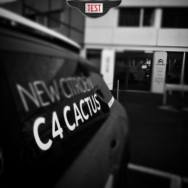 New test in progress /:\ Nouveau test en cours  #vojoodcars #2wksrev #citroen #ds3 #sport #chic #plus #review #test #cars #geneva #switzerland