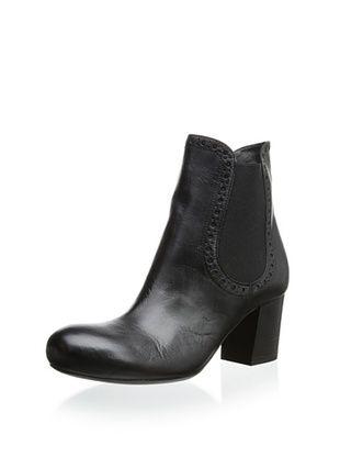 Vic Women's Double Gore Chelsea Boot (Setter Black)