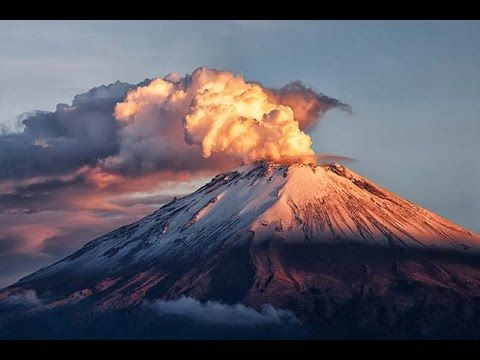 Volcan eruption and earthquake