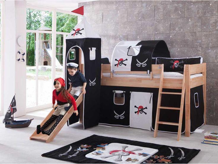 Łóżka z kolekcji Wendy powstały z myślą stworzenia w pokoju dziecka doskonałego miejsca od zabawy i rozwoju. Isnieje możliwość zdemontowania łóżka do łóżka parterowego.Prezentowane łóżko zostało wykonane z drewna bukowego, dostępnego w kolorach: naturalnym lakierowanym i białym.Podstawowa cena produktu zawiera łóżko antresolę ze zjeżdżalnia, drewnianym modułem do wierży i stelażem.Oferowane łóżko oraz wszystkie pozost...