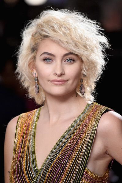 Paris Jackson Short Curls - Paris Jackson looked fabulous with her teased curls at the 2017 Grammys.