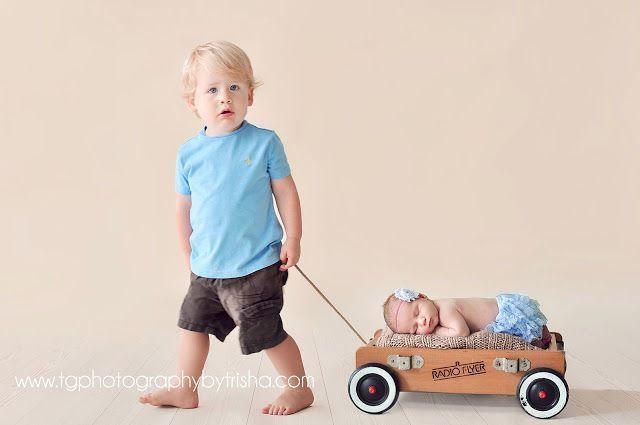 TG Newborns: Posing Newborn Babies With Siblings | Tulsa Newborn Photographer tgphotographyunedited.com